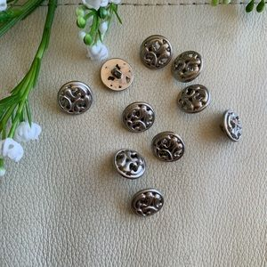 💕5 for $10! lot of 10 ornate silver buttons